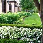 franciscan-front-garden-right