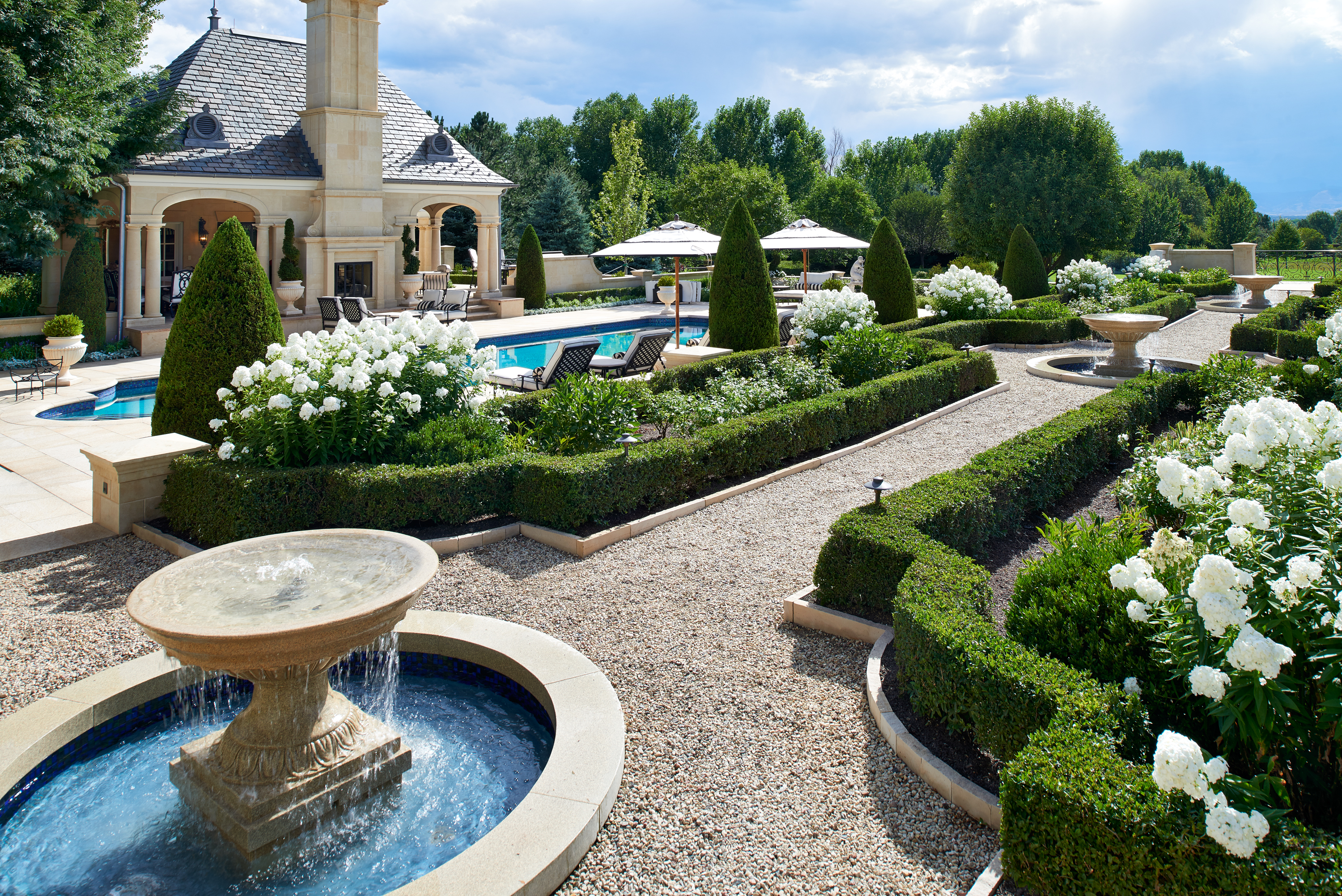 CherryHills1-white-garden-toward-pool